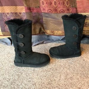 Ugg Australia black triple bailey button boots 7